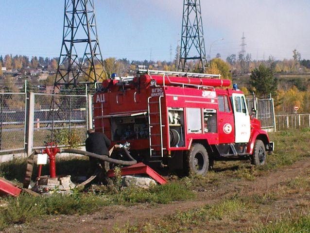 фото пожарных автомобилей на гидрантах #5